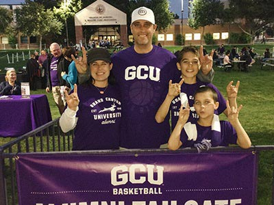 Lopes Up at the Alumni Night Tailgate