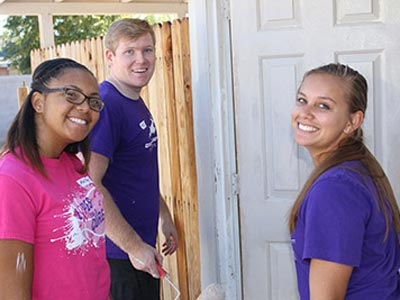 GCU Future Alumni participating in Habitat for Humanity