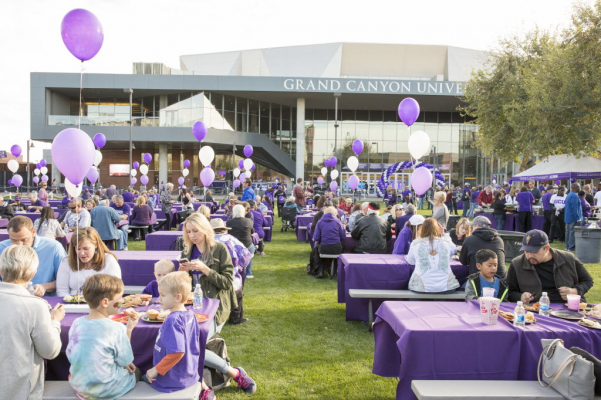 Tailgate in front of GCU Arena